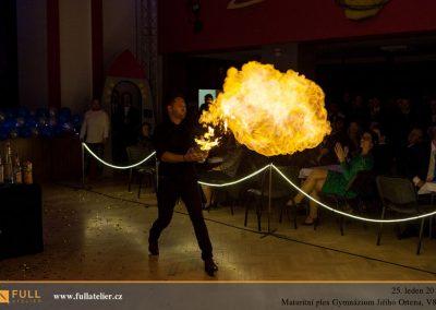 20190125_maturitni-ples-gymnazium-jiriho-ortena-v8a-25-1-2019_pp_0139